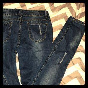 Denim - NWOT! Dark wash gold studded skinny jeans!